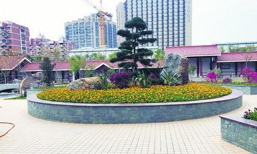 薛岭山墓陵园的生态墓葬区,生态花坛葬计划下半年推出