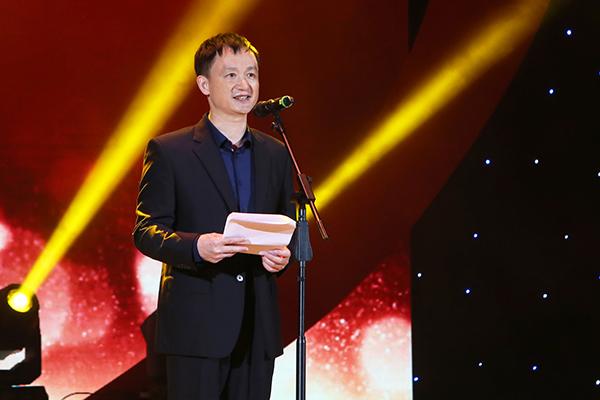 2广东省卫生计生委主任、党组书记段宇飞致辞.jpg