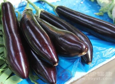 以茄子来说,是生活中很常见蔬菜