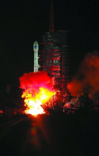 """全球卫星导航看中国""""北斗"""