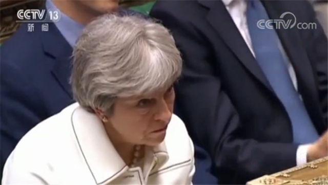 英国首相动武决定遭反对党质疑 特雷莎梅 特雷莎梅在没有议会批准的情况下作出空袭叙利亚的决定