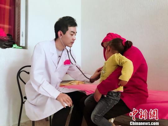 """江西""""80后""""援助突尼斯医生:工作强度大但很有成就感"""