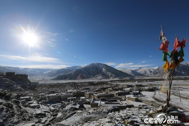雪后初晴的琼结雪村。曲杰   摄影