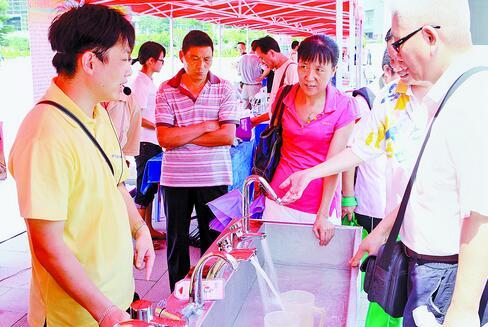 节水型用水器具受到居民欢迎。