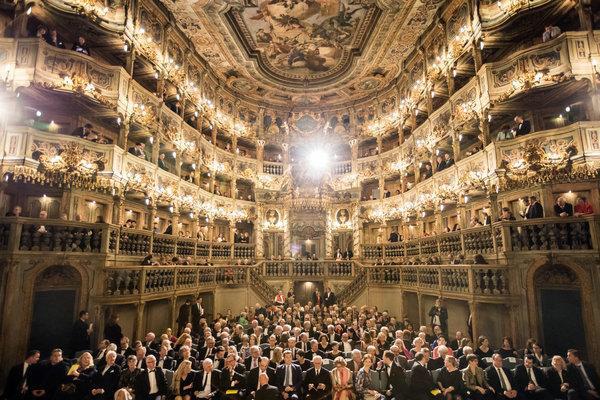 [德国一古董歌剧院再次面向公众开放