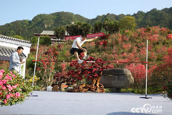 摔跤冠军竟然是跳高能手?