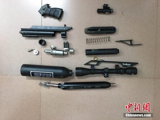 资料图:警方查获的枪管及零部件。文/王刚 胡昌清 钟李佳 叶方驹 丽水警方供图