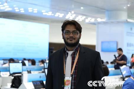 巴基斯坦国家电视台记者 Zubairuddin Muhammad(摄\李文亮)