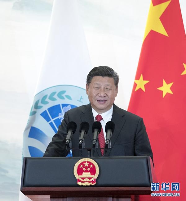 6月9日,国家主席习近平在青岛国际会议中心举行宴会,欢迎出席上海合作组织青岛峰会的外方领导人。这是习近平发表致辞。新华社记者谢环驰摄