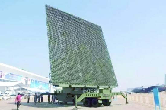 中国先进反隐身雷达公开亮相
