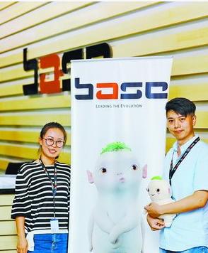 苏鹏(左)和高景磊参与电影《捉妖记2》的特效制作。