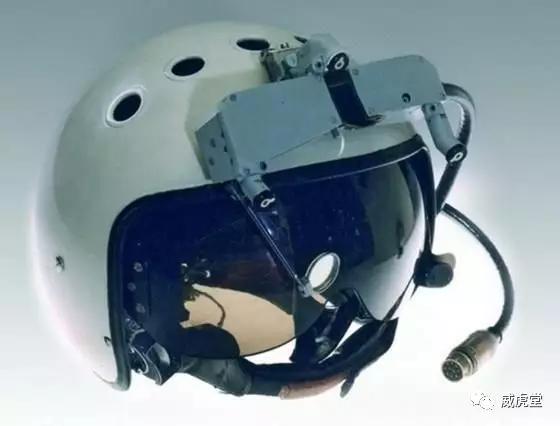 """实锤:J-20装备先进头瞄,拳打""""猛禽"""",脚踩""""肥电"""""""
