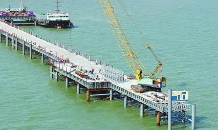 福厦高铁泉州湾跨海大桥施工现场