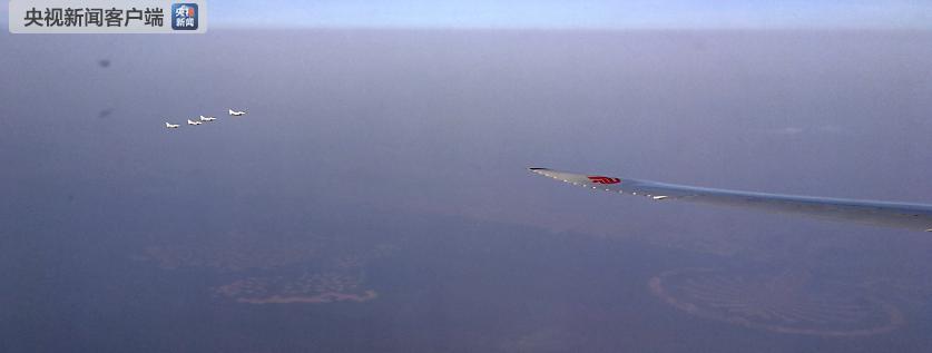 【央视独家V观】法国战机为习近平主席专机护航