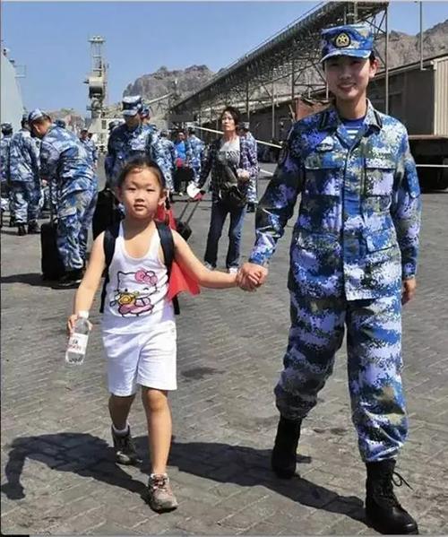 """致敬最可爱的人!建军节""""表白帖""""爆红网络"""