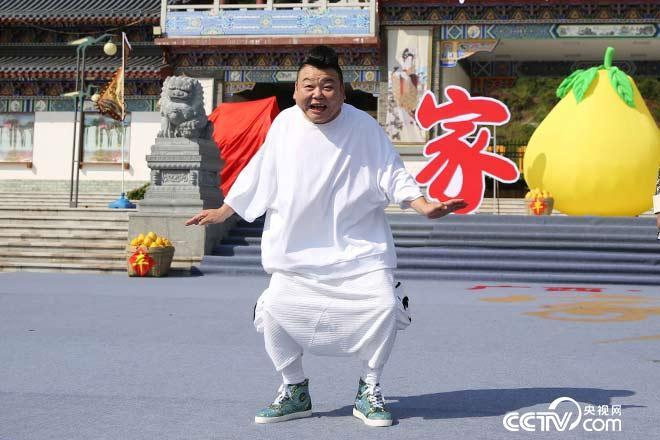 刘刚争夺霞烟鸡代言人为何爆笑全场?