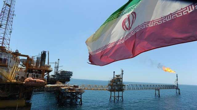 美国重启对伊经济制裁 并停止从伊朗进口石油