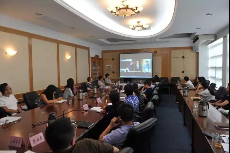 △图1:区委组织部组织召开优秀作品赏析暨微视频脚本研讨会