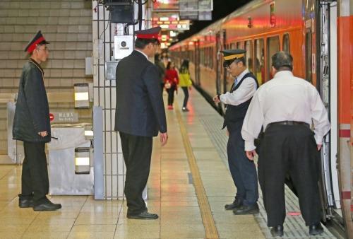 台湾铁路警察。台湾《联合报》记者杜建重摄影