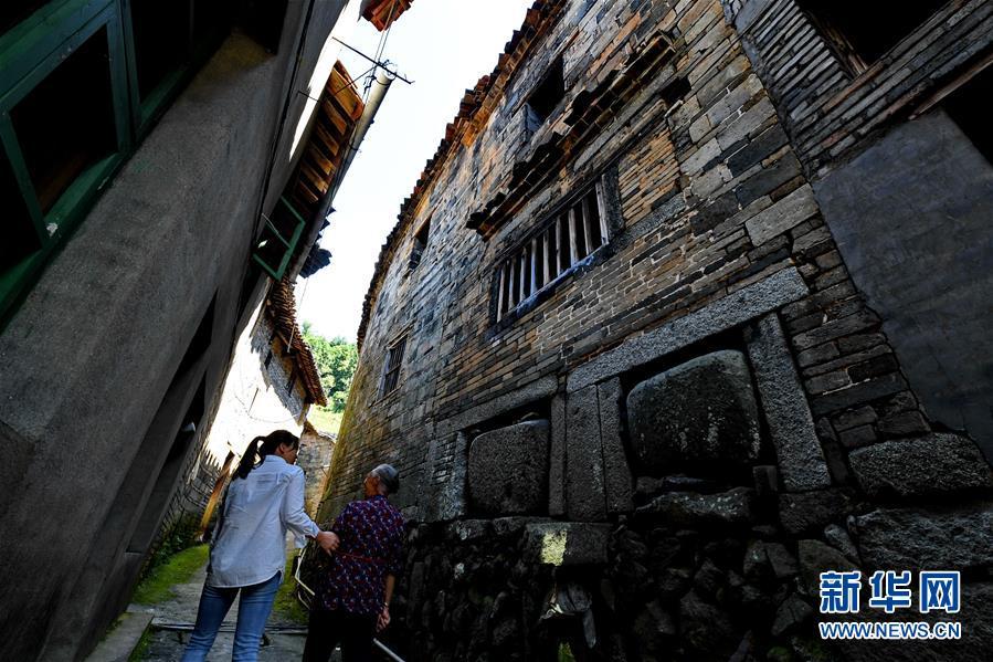 (文化)(3)走出深閨的千年古村落——橫坑村
