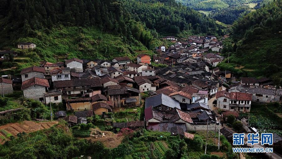 (文化)(1)走出深閨的千年古村落——橫坑村