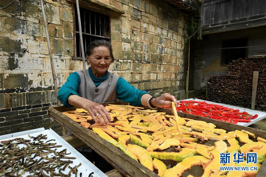 (文化)(2)走出深閨的千年古村落——橫坑村