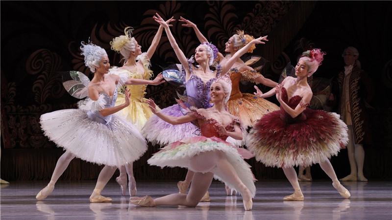 澳大利亚国家芭蕾舞团《睡美人》演出剧照。Jeff Busby/摄