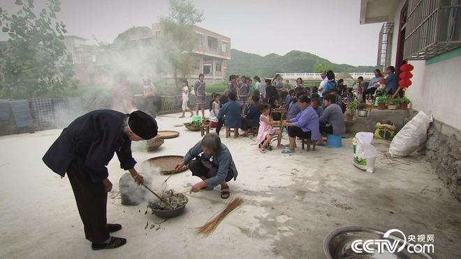 乡土:多彩中国 布依族的六月六 10月8日
