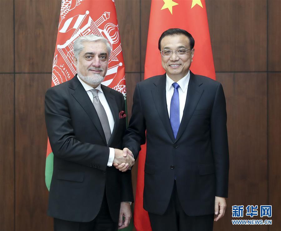 李克�����阿富汗首席�绦泄侔⒉范爬�