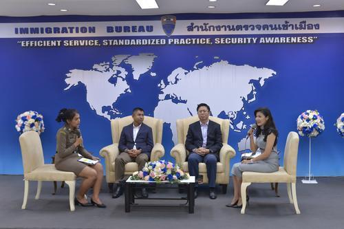 泰��移民局�_通微博 �橹��游客提供官方信息