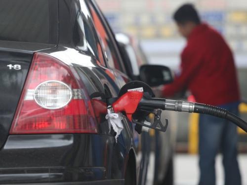 """台湾""""中油""""汽油不合格 针对三大群体做出赔偿"""
