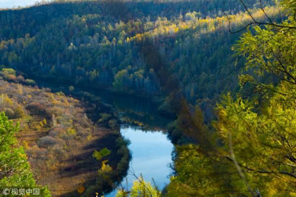 黑龙江,呼玛鹿鼎山秋天风光。