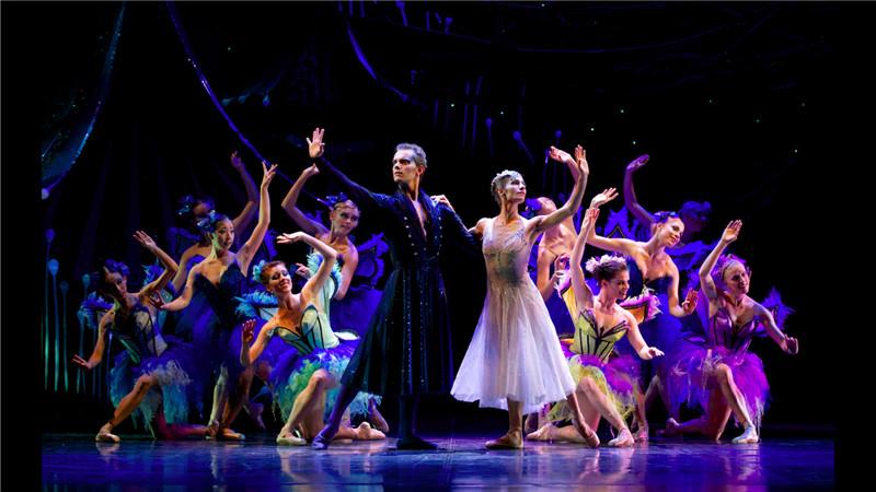 澳大利亚昆士兰芭蕾舞团独特改编再现莎士比亚经典喜剧《仲夏夜之梦》