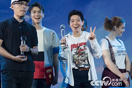 宋玺获得北京大学十佳歌手大赛季军