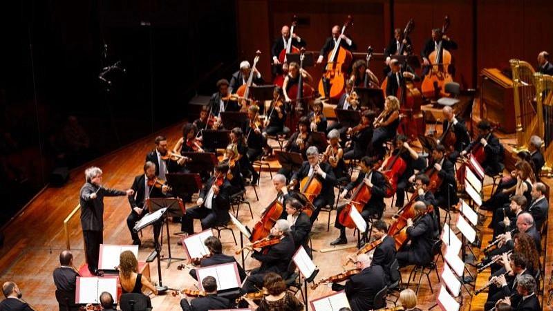 圣切契利亚交响乐团在建立之初便拥有着与生俱来的灵动和浪漫