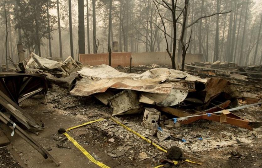 加州山火致死人数上升到56人 仍有130人下落不明