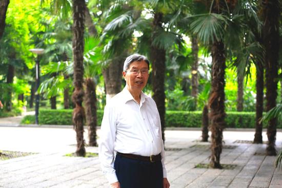 """""""90后""""院士陈俊武:在科学的春天里一生许国"""