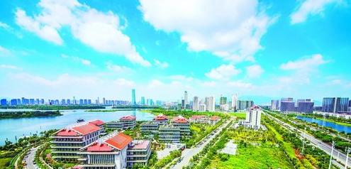 集美通过创新驱动建设高素质高颜值跨岛发展最美新市区。 (林志杰 摄)