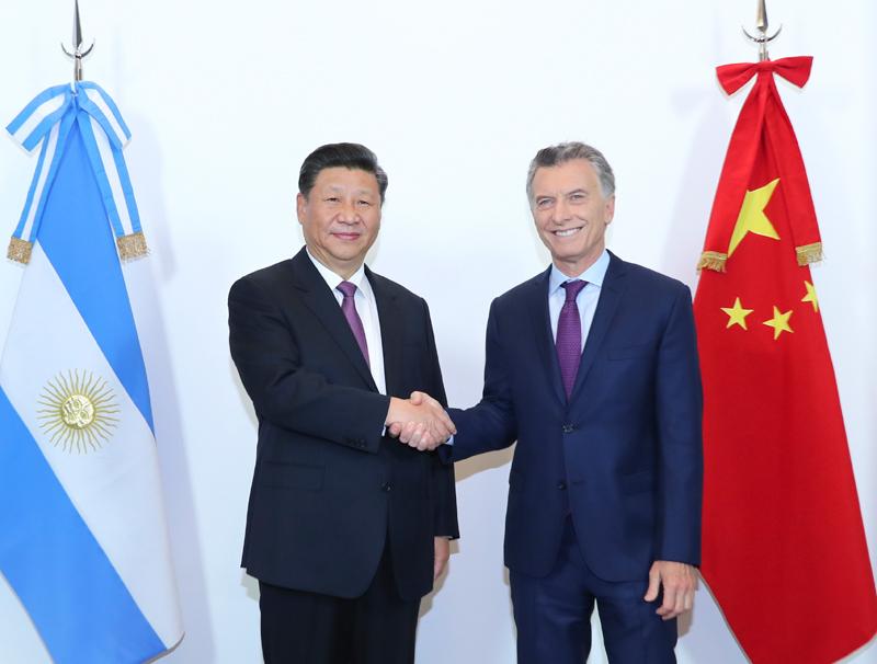 当地时间12月2日,国家主席习近平同阿根廷总统马克里在布宜诺斯艾利斯举行会谈。