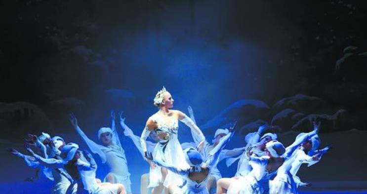 嘉庚剧院等文化演艺项目成为集美新地标,图为嘉庚剧院的演出剧照