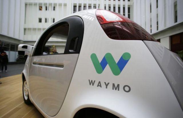 ↑Waymo无人驾驶汽车