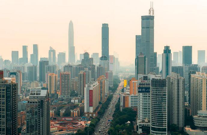 这是深圳市深南大道(5月23日摄)。新华社记者 毛思倩 摄