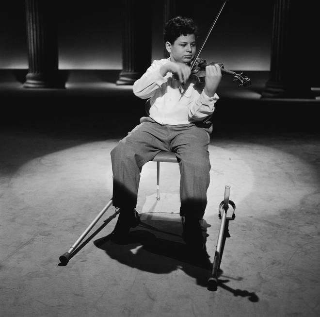 13岁的帕尔曼在《埃德·苏利文秀》