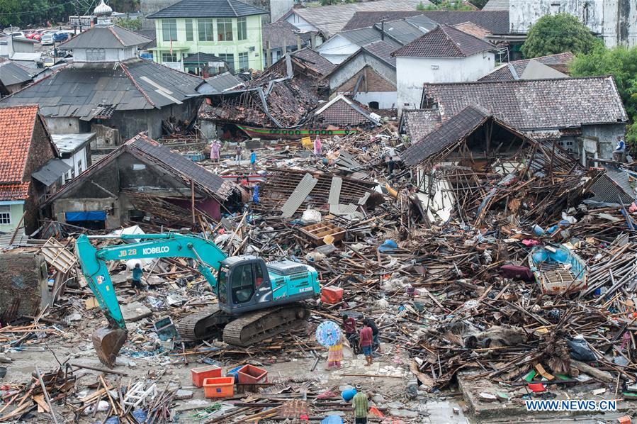 Death toll from Indonesia tsunami climbs to 373 as rescue