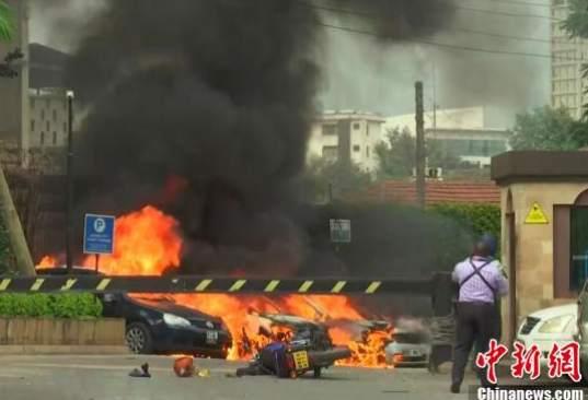 据外媒报道,从距离酒店大约5公里的法新社办公室可以听到爆炸声。(本文图片来源:中国新闻网)