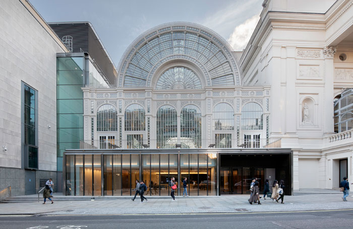 英国皇家歌剧院外观