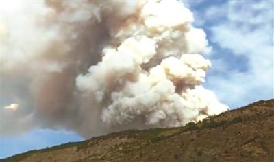 凉山森林大火 30名扑火人员牺牲