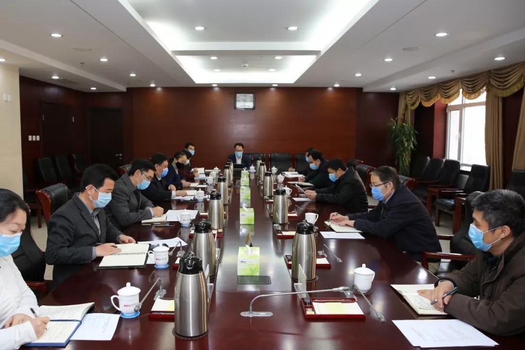 中国外文局应对疫情工作领导小组研究部署全局疫情防控工作。