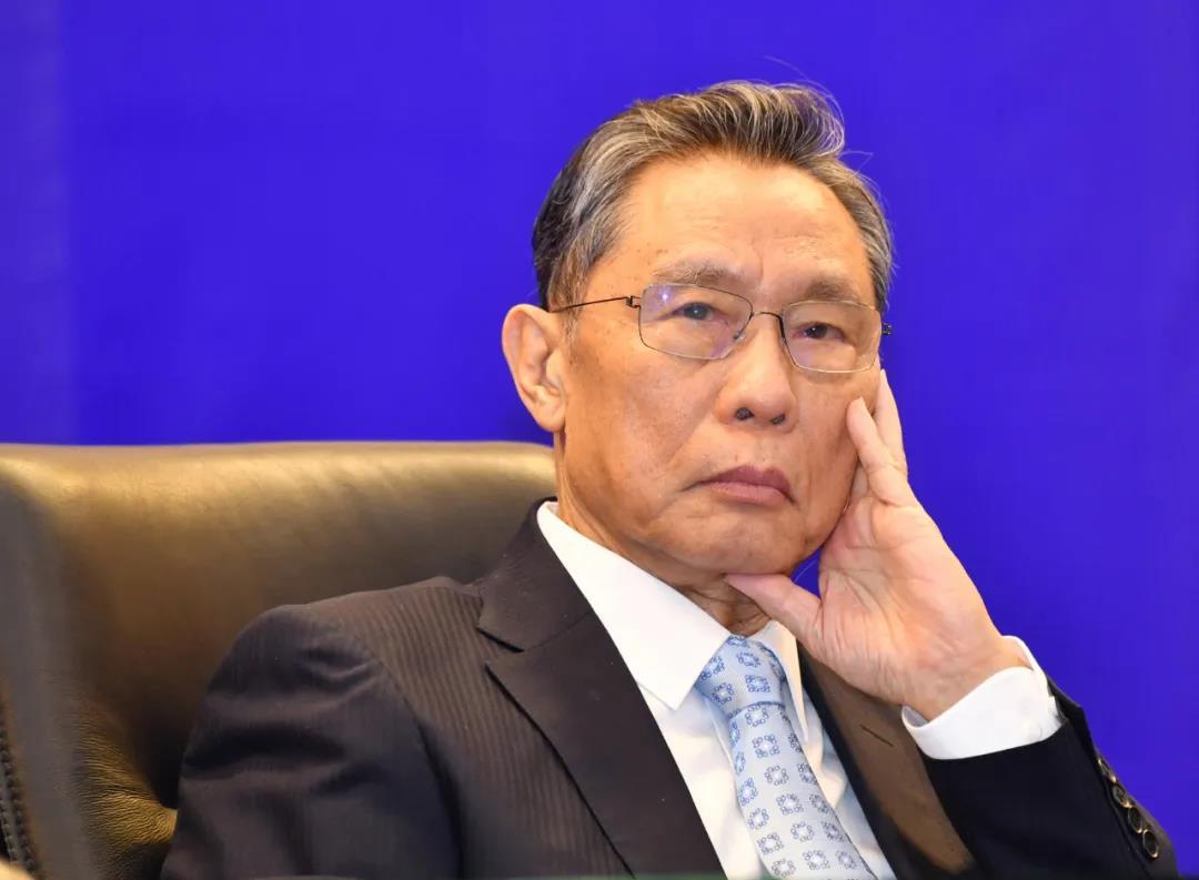3月18日,出席广州市第46场疫情防控新闻通气会