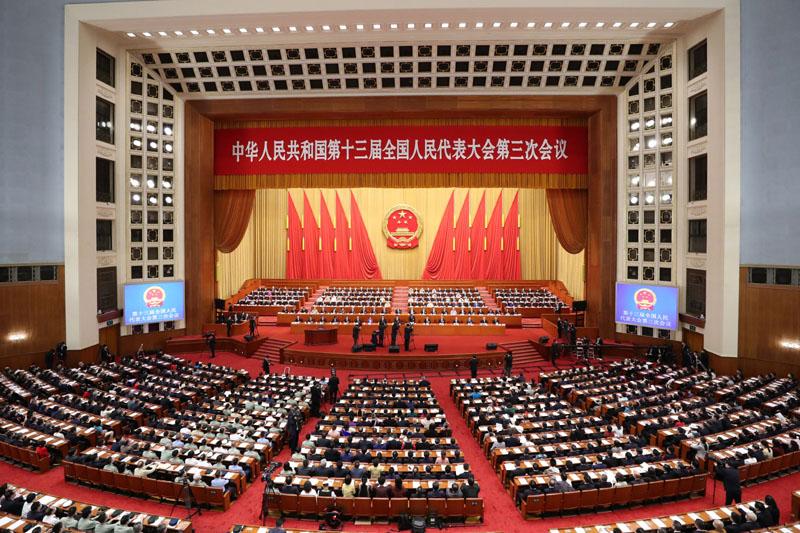 5月25日,十三屆全國人大三次會議在北京人民大會堂舉行第二次全體會議。
